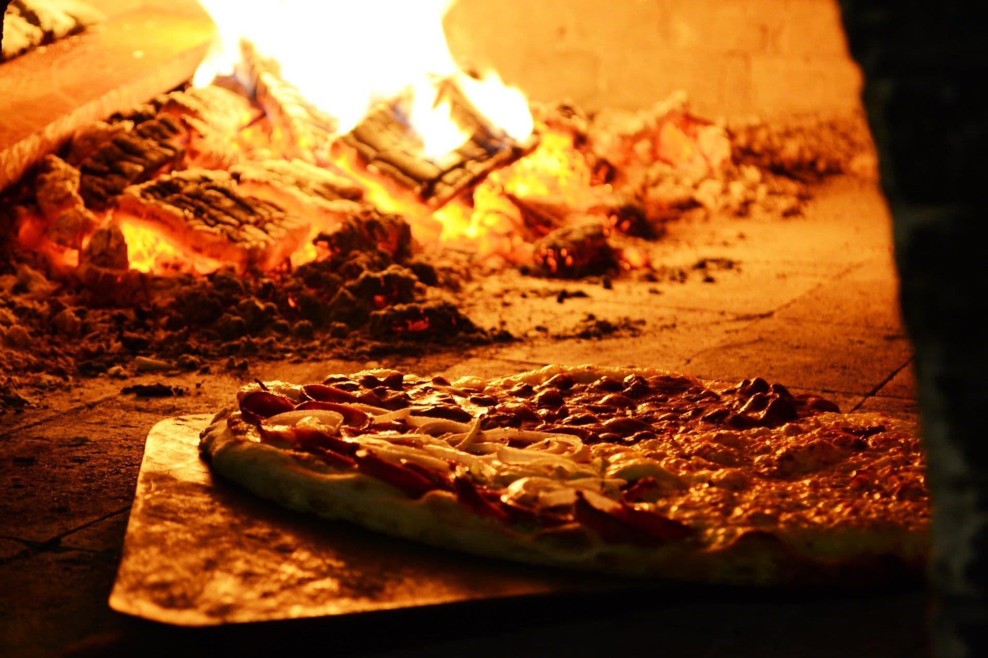 Pizza-Ofen Holz
